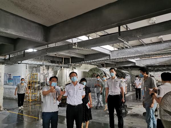 市尘肺病防治攻坚联合督导组对龙华企业开展督导检查