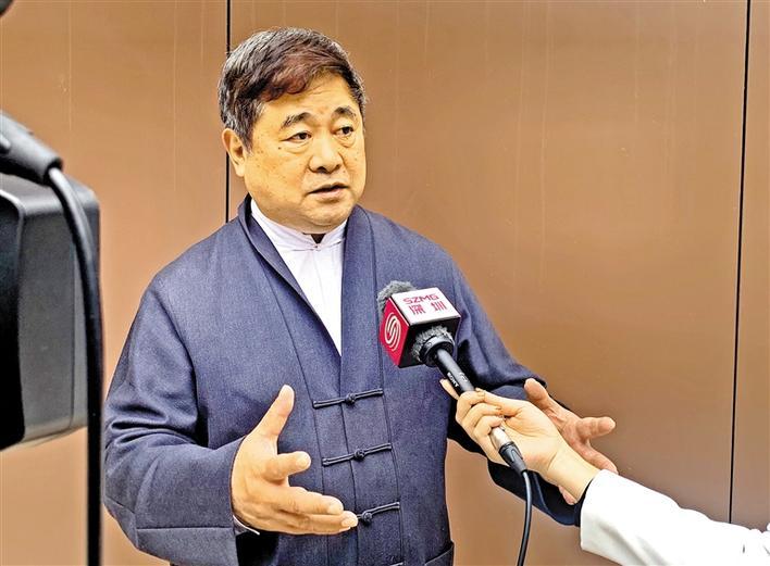龙华文化名家单霁翔受邀来深调研,提出保护改革开放文化遗产