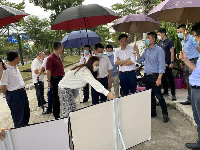 区领导水生同志调研城市更新项目.jpg