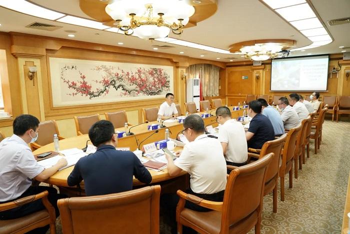 区领导澎涛同志主持召开龙华国际商圈指挥部工作会议